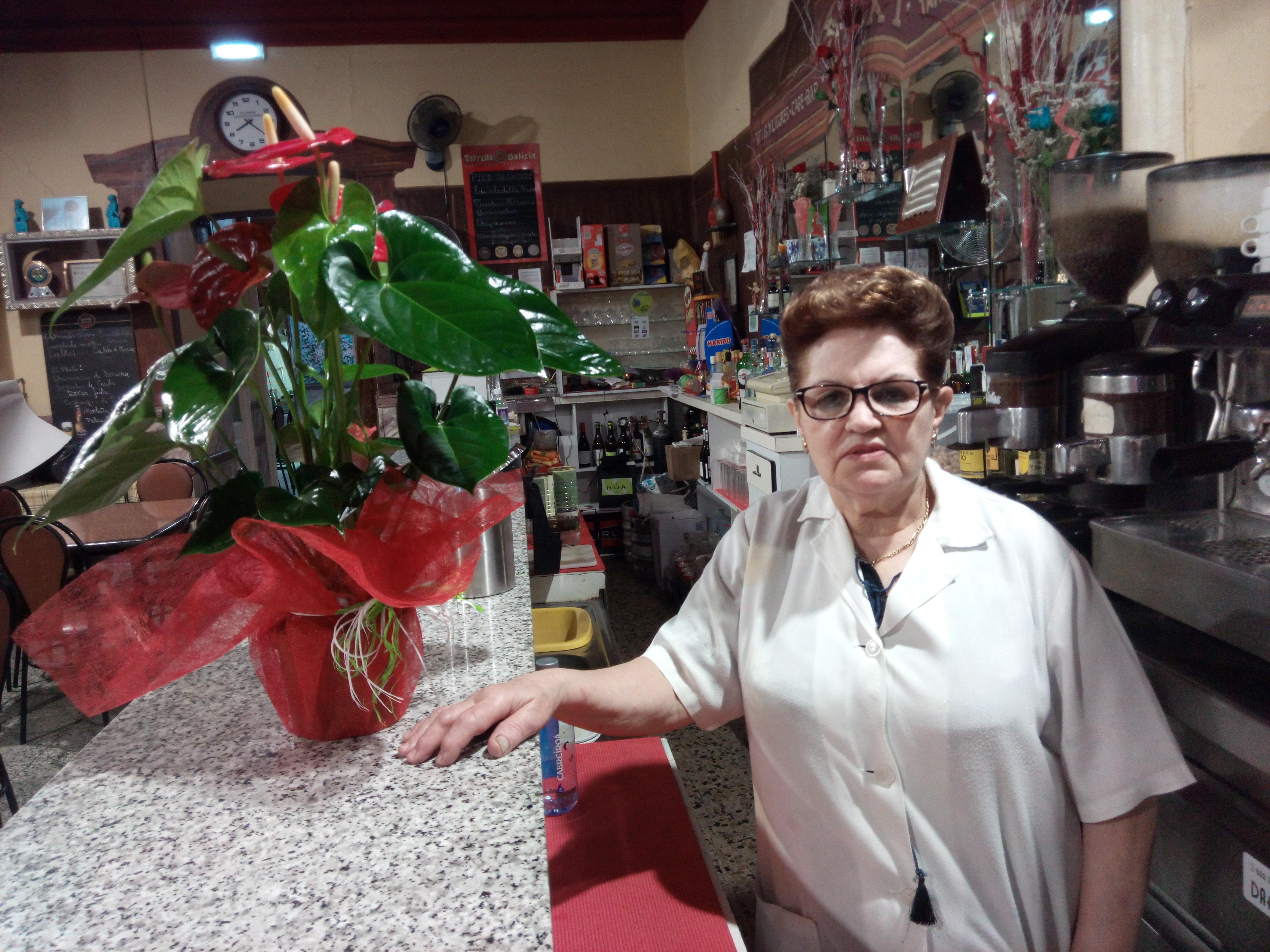 Ermitas Bolaño Yáñez, en el Bar Taxi