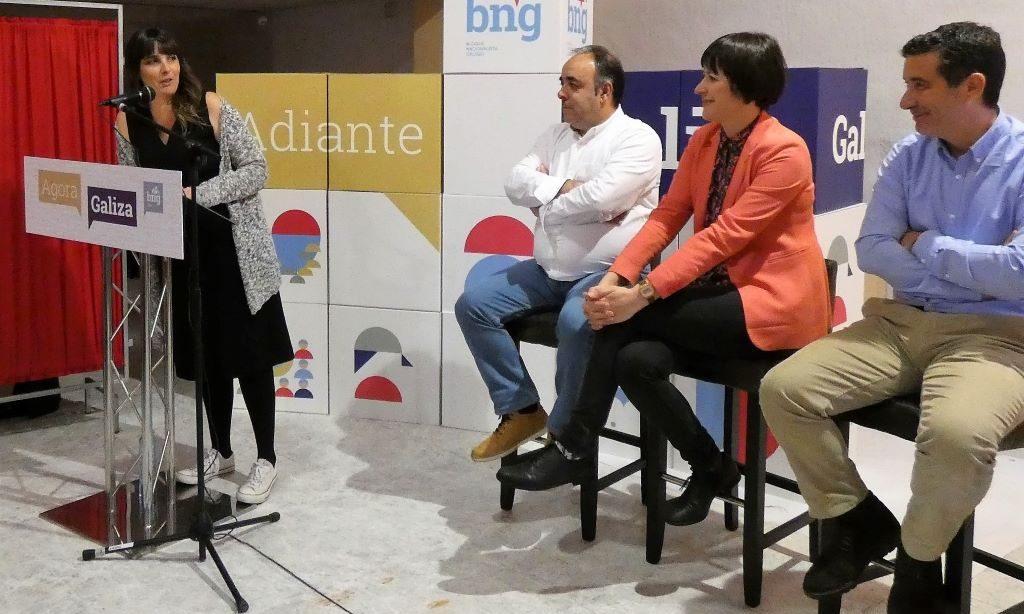 """María González Albert: """"Creo no poder da política para cambiar o mundo"""""""