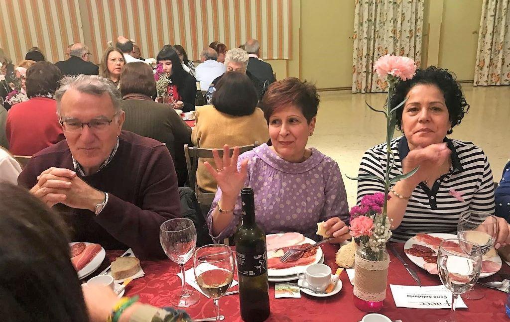 Valdeorras celebró en O Barco su cena solidaria anual contra el cáncer
