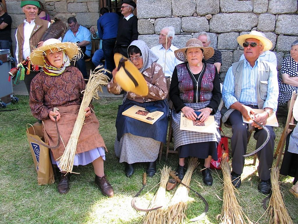 Xon, Jacinta, Antonia y Camilo