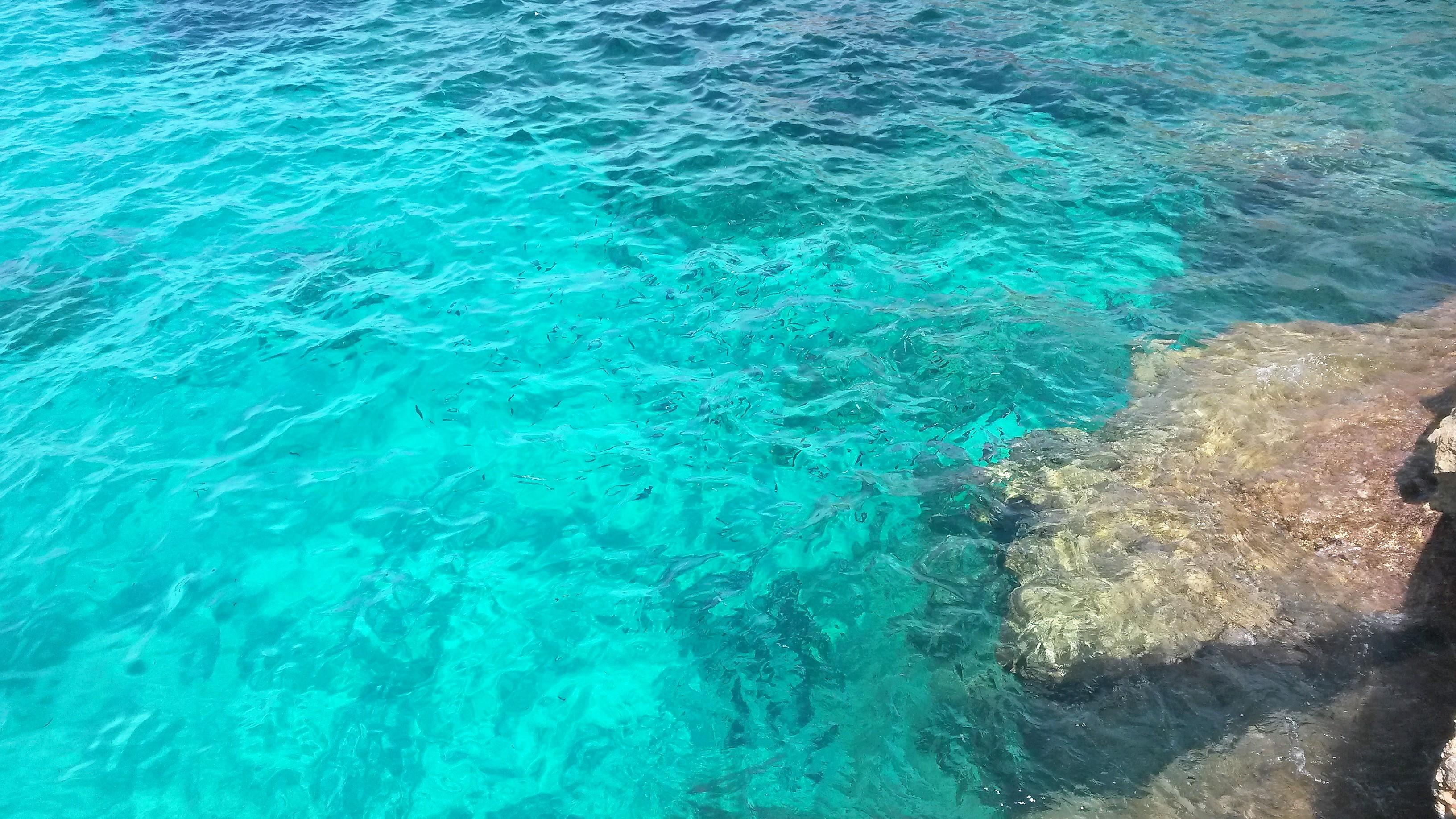Menorca: la isla de contrastes de color turquesa