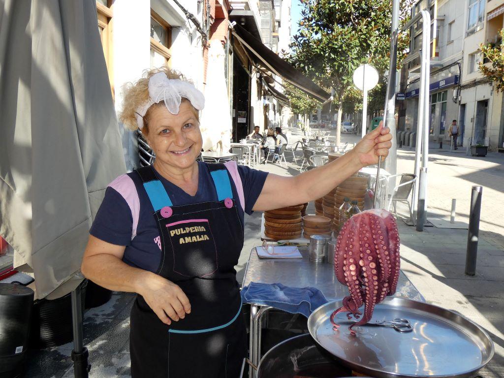 Amalia Arroyo, una pulpeira de A Rúa con sexto sentido para el pulpo