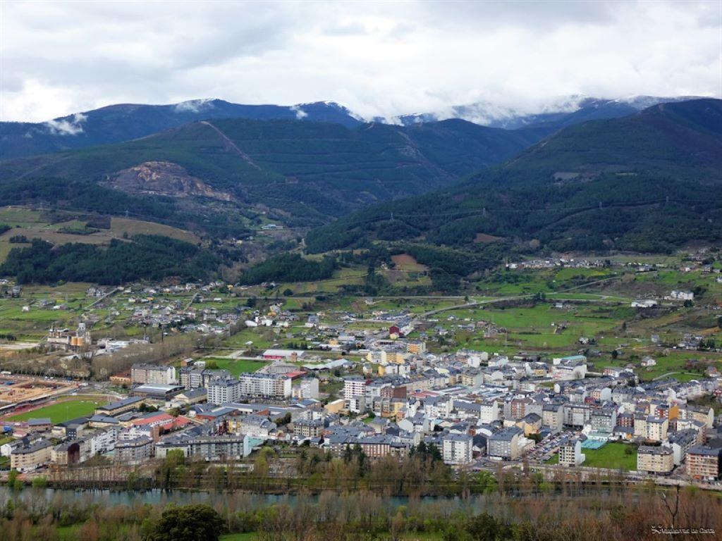 Los positivos se elevan en O Barco a 9 y se reducen en A Rúa y Vilamartín