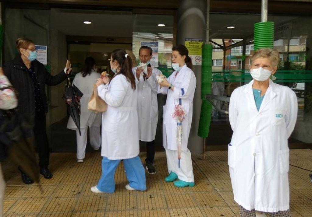 Coronavirus: menos de 100 casos en la provincia y 2 hospitalizados en Valdeorras