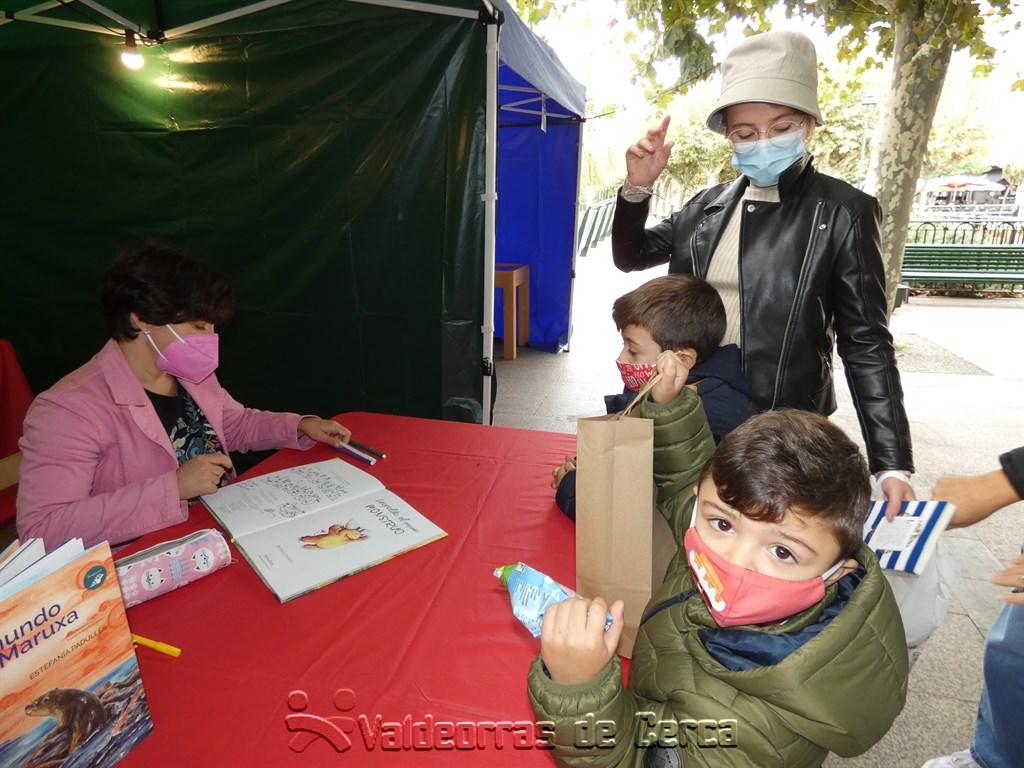 La Feria del Libro en O Barco, suspendida por la lluvia