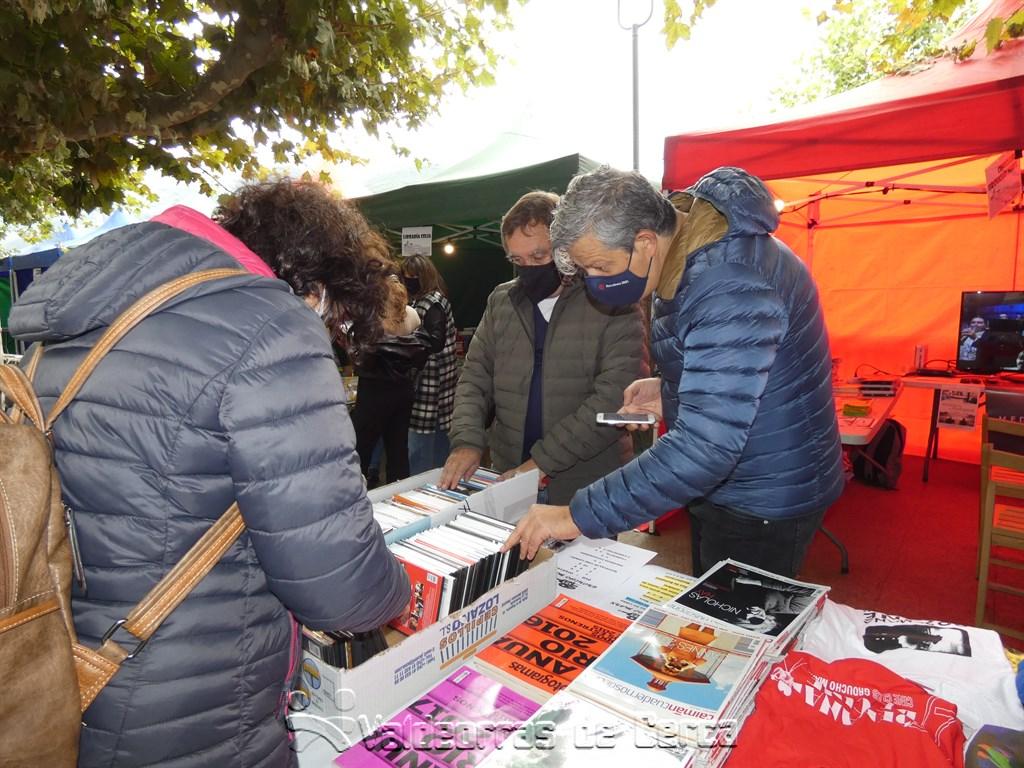 La Feria del Libro se reanuda en O Barco